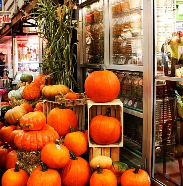 All sizes pumpkins, Chelsea Market, New York